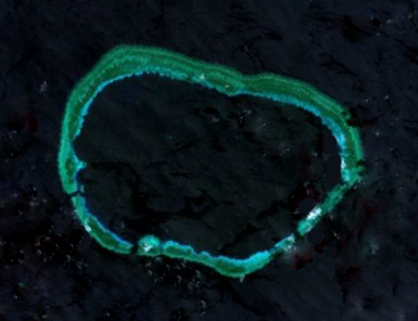Mischief Reef in 2001, prior to the major PRC land reclamations of 2014–2016